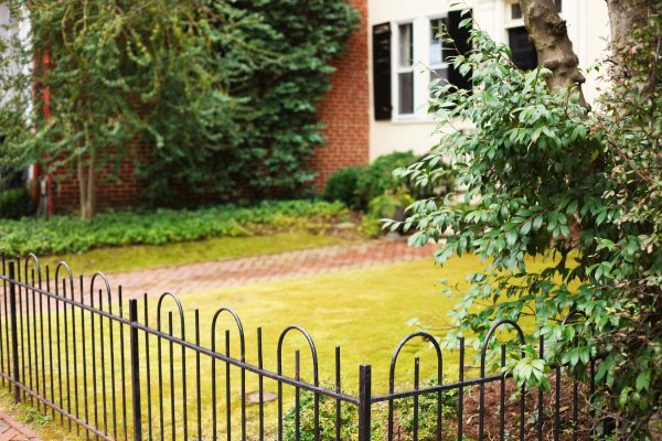 6 Inexpensive Ways To Increase Your Home's Curb Appeal 5
