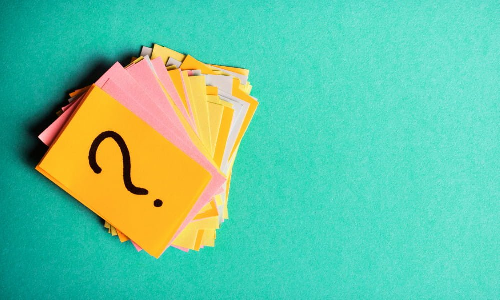 sticky notes of questions for personal references