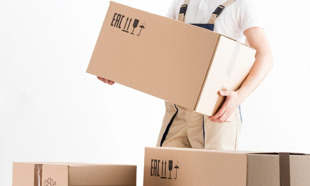Mover carrying boxes