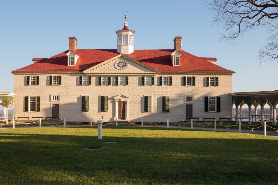 The front of the George Washington's Mount Vernon Estate