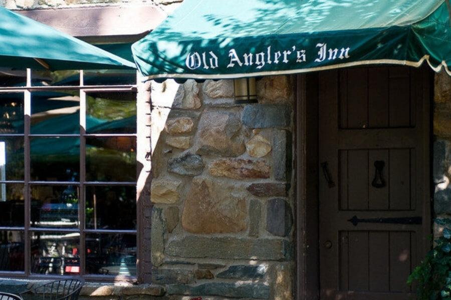 front entrance view of the Old Angler's Inn restaurant